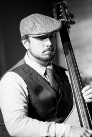 Chris Langhans, bass